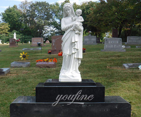 Black granite monuments with Virgin Mary holding Jesus statue for grave decoration design prices