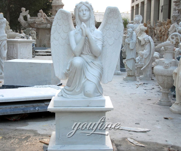 Natural marble kneeling angel praying monuments design