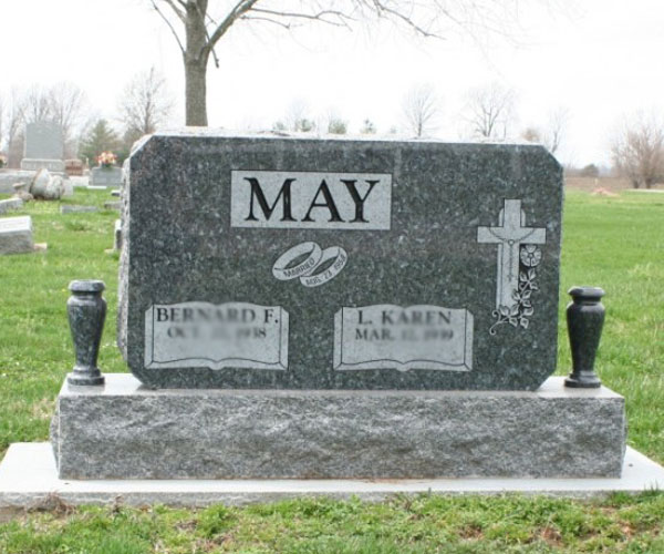 Simple black granite upright memorial plaques with vase grave decoration to buy