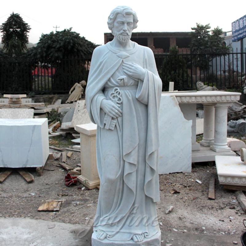 outdoor saint statues